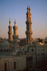 in the heart of Cairo's  Old City. Cairo has the largest concentration of medi涡l structures in the world.